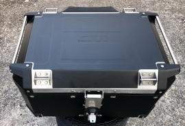 GIVI 58 LITRE Top Box wrap kit Black